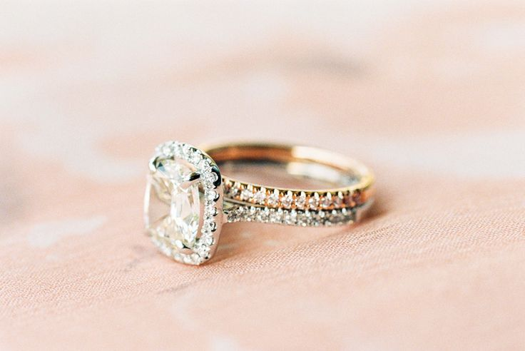 Vintage Engagement Rings That Will Last a Lifetime | itakeyou.co.uk | Sara Hasstedt - www.sarahasstedt.com