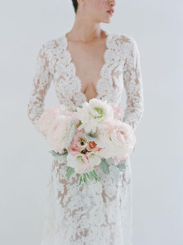long sleeved wedding dress | fabmood.com
