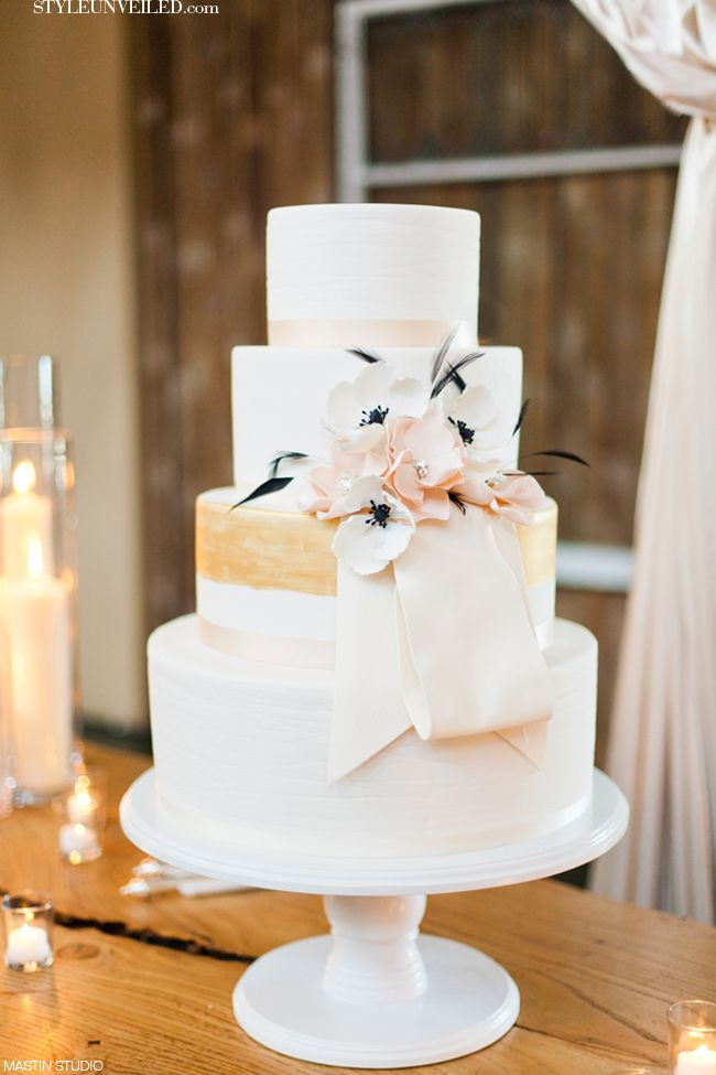 wedding cakes with gold accents spark and shine your day - Ivory blush and gold wedding cake
