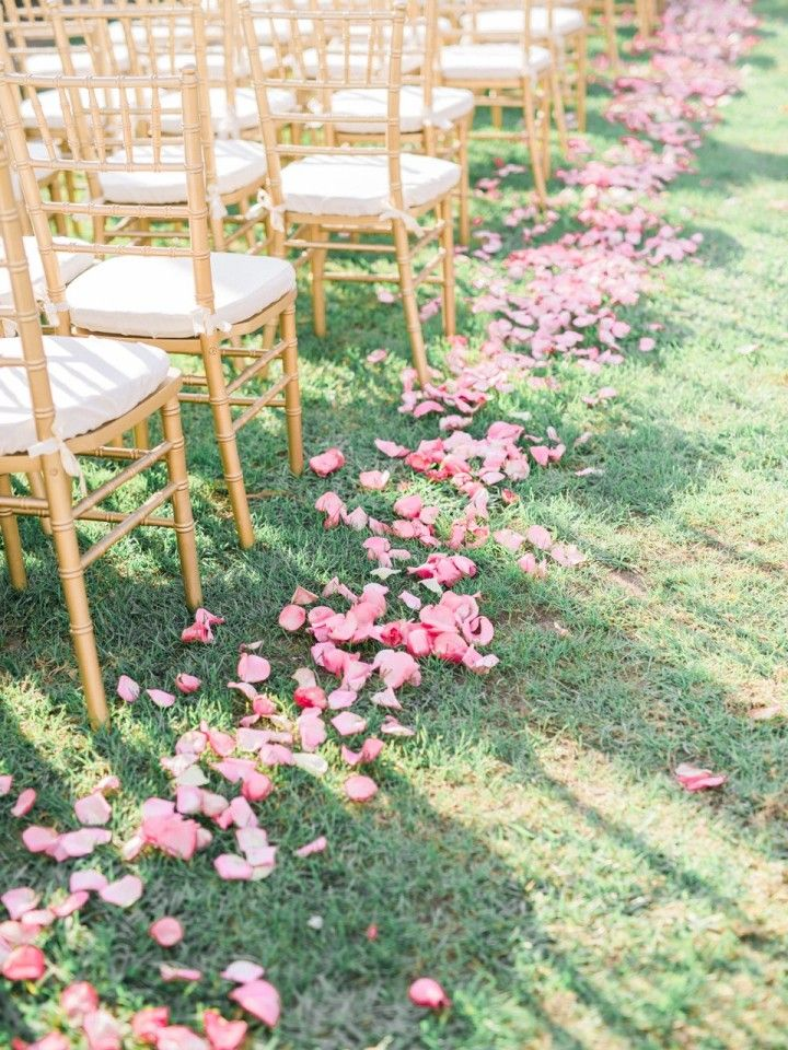 Pink petals - Wedding ceremony | http://www.fabmood.com/wedding-ceremony-ideas-with-pretty-style