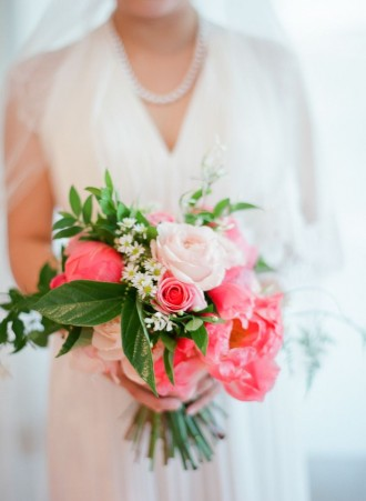 coral and mint wedding | fabmood.com #coral #peony #mintwedding