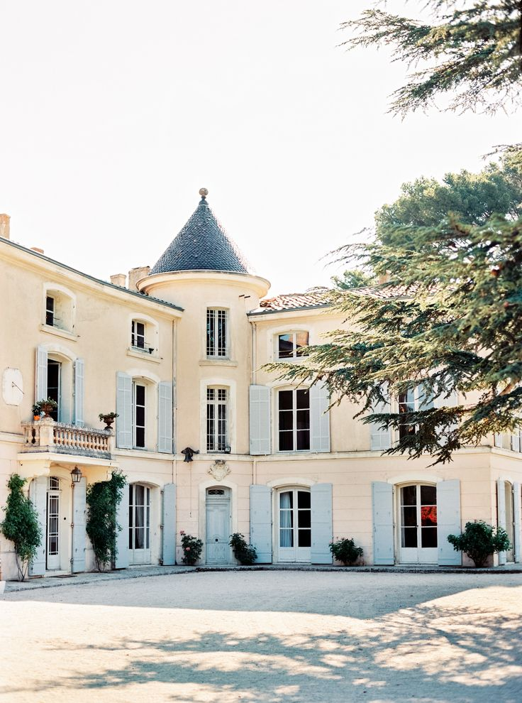 Chateau dAlphéran - Romantic Provencal Wedding Inspiration