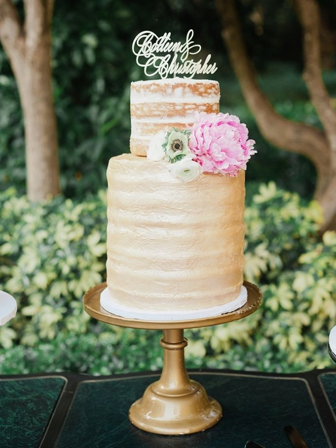 Photography : merari.com/ | Gold semi naked wedding cake with pink flowers and pretty cake topper | fabmood.com