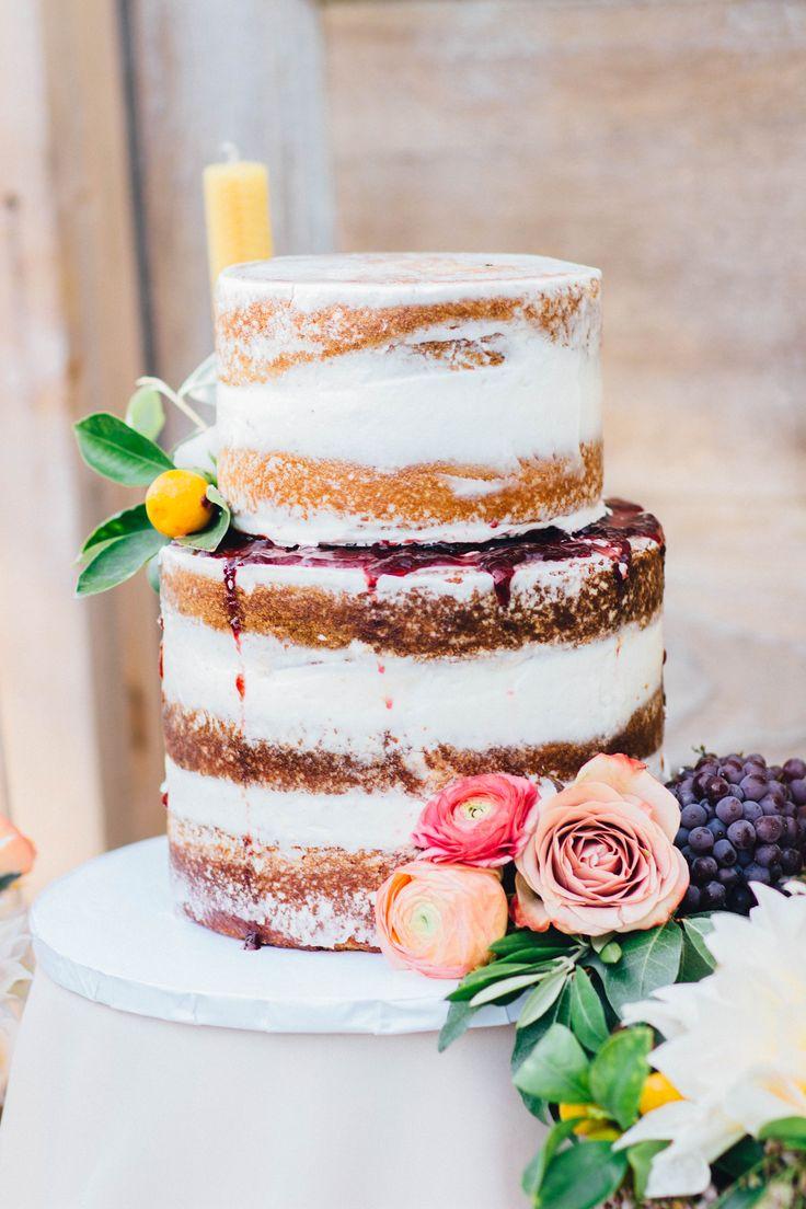 Photography : alisonleigh-photography.com | Semi naked wedding cake