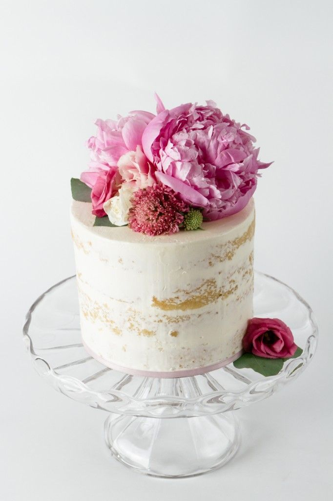 24 semi naked wedding cakes with pretty details semi naked wedding cake see more 24 semi naked wedding cakes with pretty details on fabmood mightylinksfo