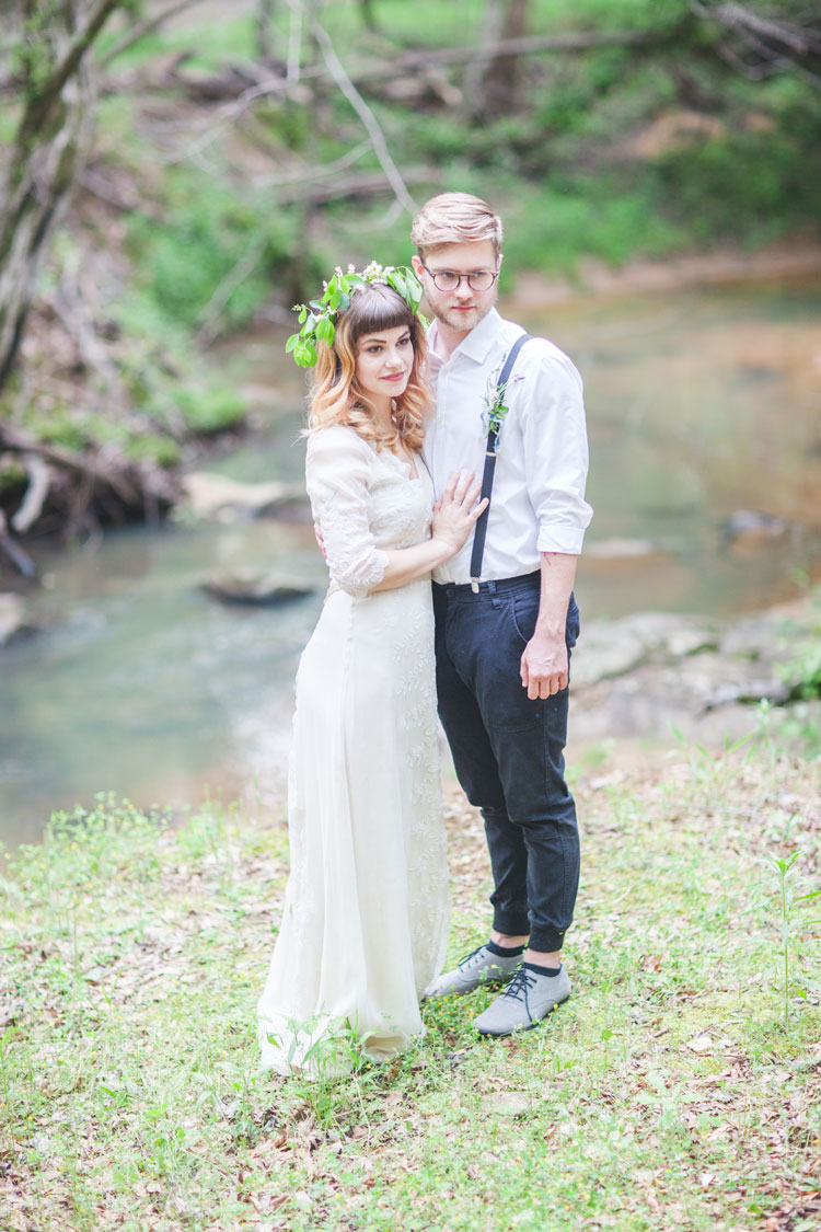 A Saja Wedding Dress for a Beautiful Bohemian Elopement Inspiration
