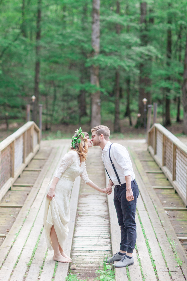 Bride and groom Woodland Bohemian Elopement Inspiration | Photography : leanicole.com | https://www.fabmood.com/saja-wedding-dress-bohemian-elopement-inspiration: