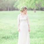 bride in Saja wedding dress Beautiful Bohemian Elopement Inspiration | fabmood.com