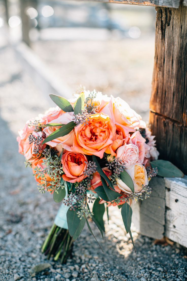 Photogrpaphy : jen-rodriguez.com/ | shades of orange fall wedding bouquet