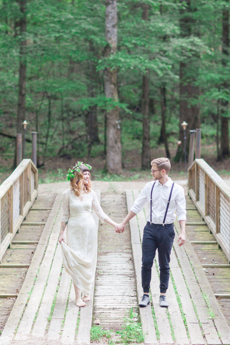 Woodland Bohemian Elopement Inspiration | Photography : leanicole.com | https://www.fabmood.com/saja-wedding-dress-bohemian-elopement-inspiration: