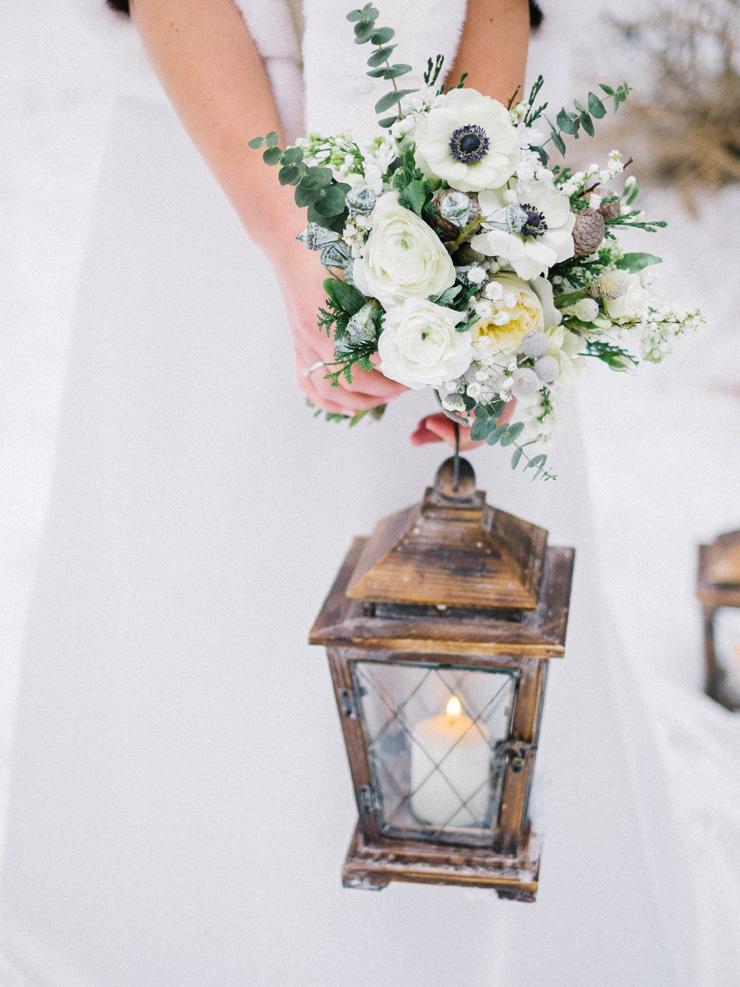 Anomenies Wedding bouquet | winter wedding ideas | fabmood.com