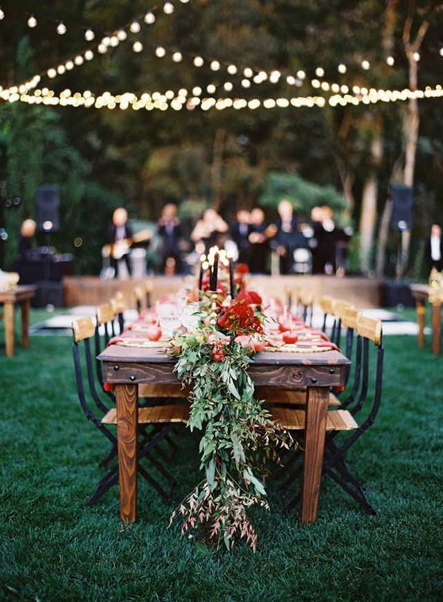 wedding table decor with leaves garland | fabmood.com