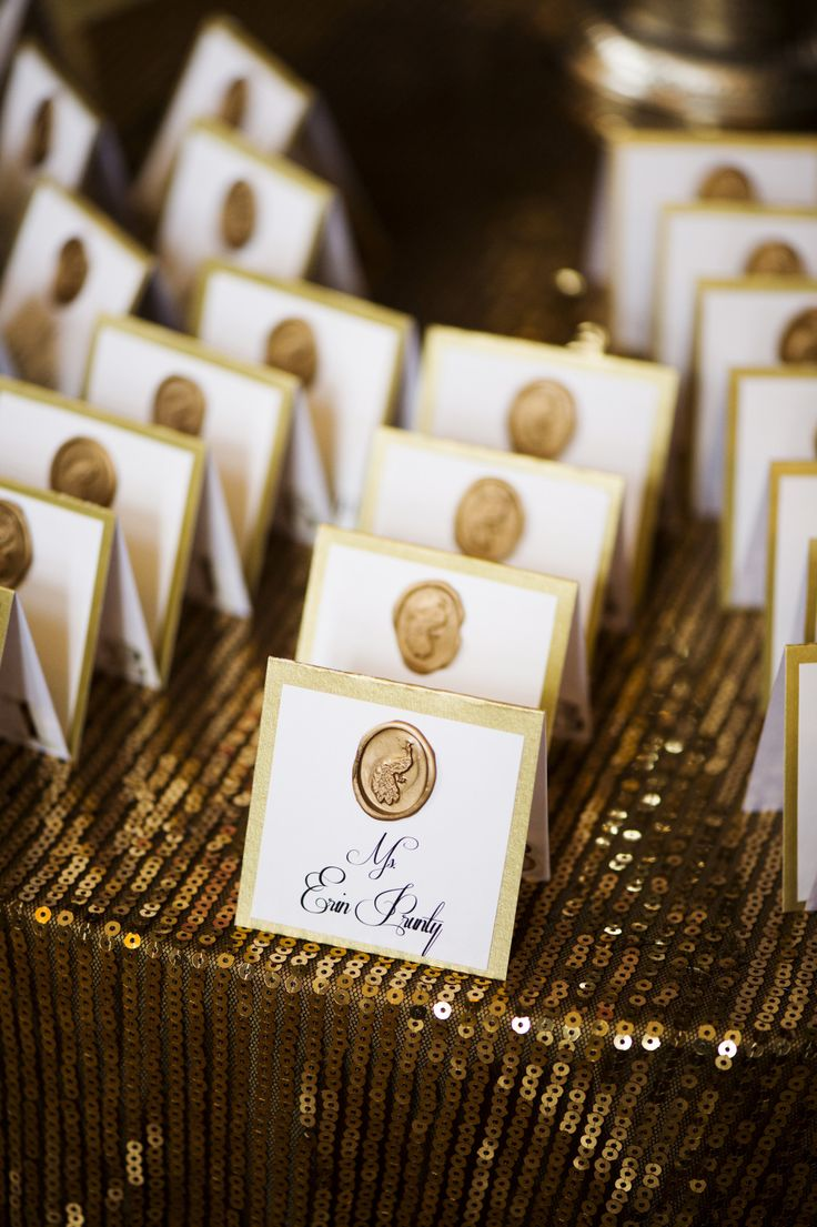 Gold wax on escort cards | fabmood.com