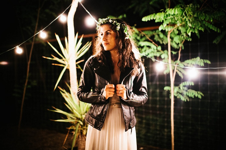 Bride wears leather jacket - Photography rebeccacaridad-manzanita.com A Saja Wedding Dress Read more about this #wedding on fabmood.com #weddinggown #weddingdress