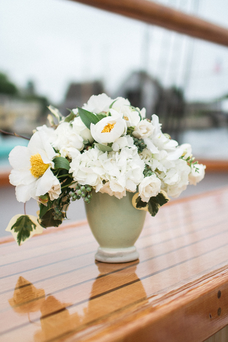White Wedding Centerpieces - Nautical Wedding Inspiration shoot | justinabilodeauphotography.com | #weddinginspiration on fabmood.com