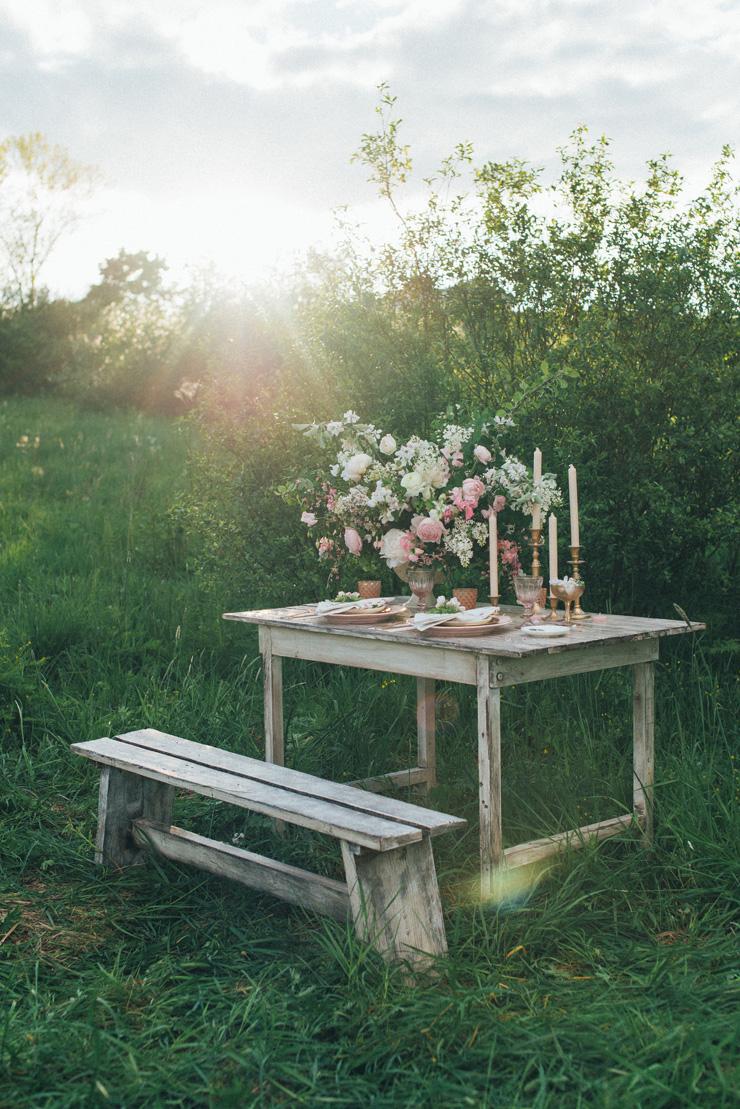 Romantic Ethereal wedding inspiration { Fresh and Subtle Shades } Photography : pshefter.com | read more on fabmood.com #weddinginspiration :