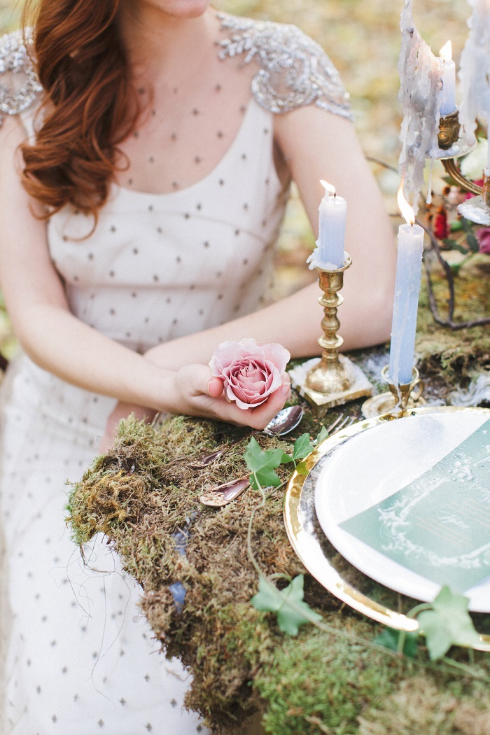 Woodland wedding table setting ideas - Enchanted Forest ...