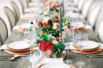 Bright colored wedding centerpieces | Fab Mood #wedding