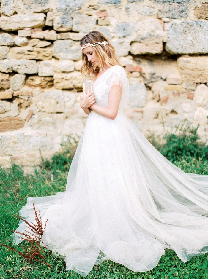 Medievel Princess Bridal Inspiration In Tuscany | Fab Mood - UK Wedding Blog