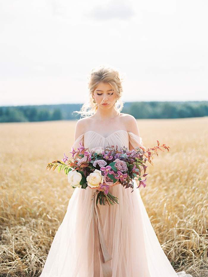 A Blush Wedding Gown for A Dreamy Autumn Wedding
