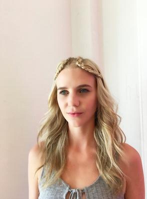 Hairstyles for Summer Wedding : The Natural Beach Wedding Bride   Fab Mood