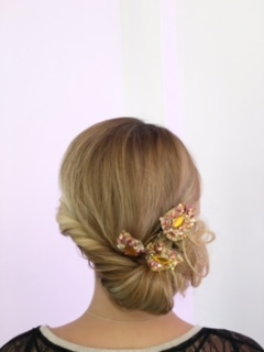 Hairstyles for Summer Wedding : The Romantic Summer Bride | Fab Mood