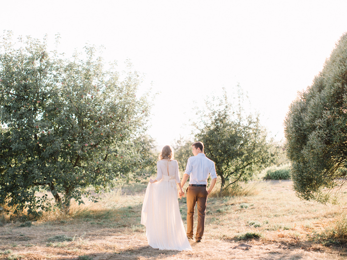 Blush wedding gown for ethereal wedding | Fab Mood #blushgown
