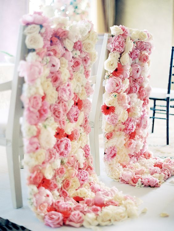 Unique wedding ideas : The Sweetest Sweetheart Chairs for Your Wedding: