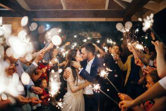 Wedding Sparkly sending off | fabmood.com