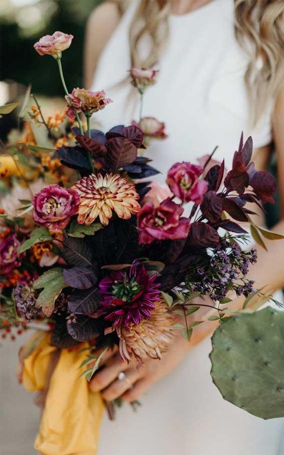 purple wedding bouquet, wedding bouquet , fall wedding bouquet, autumn wedding bouquet