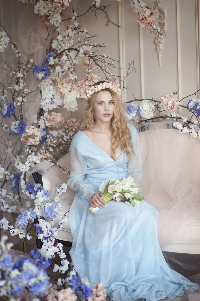 Morning Bride On Wedding Day - Wedding Inspiration shoot   Fab Mood #weddinginspiration