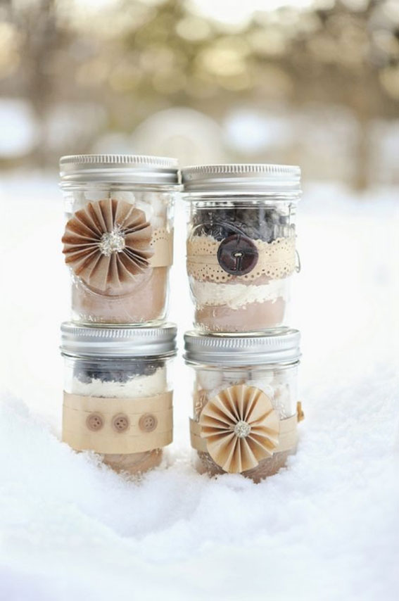 hot cocoa winter wedding favors , winter wedding favor ideas, cocoa wedding favors, autumn wedding favors, wedding favor ideas