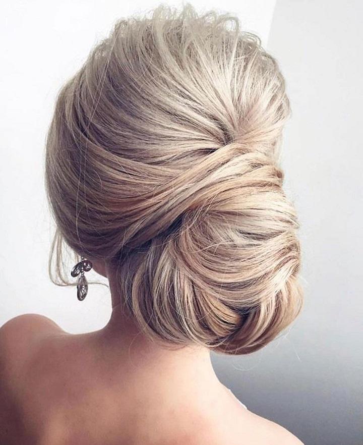 Chignon hairstyles for long hair   fabmood.com #chignon #weddinghair #bridalhair