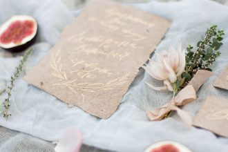 Gold on tan wedding invitations with calligraphy | fabmood.com #weddinginvitations #weddinginvites #goldcalligraphy