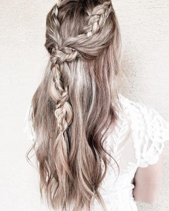 partial-wedding-hairstyle