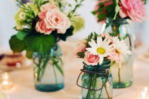 Mason jar wedding centerpiece   fabmood.com #weddinginspiration #weddingideas #wedding #centerpieces