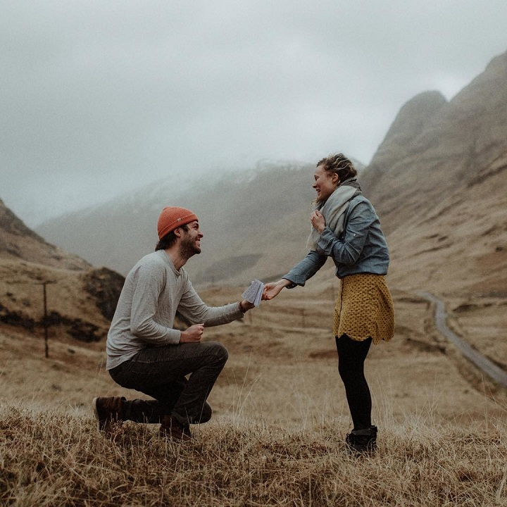 Surprise proposal ideas   Romantic proposal ideas   fabmood.com #engagement #engagementsession #proposal #surprise #engagementshoot