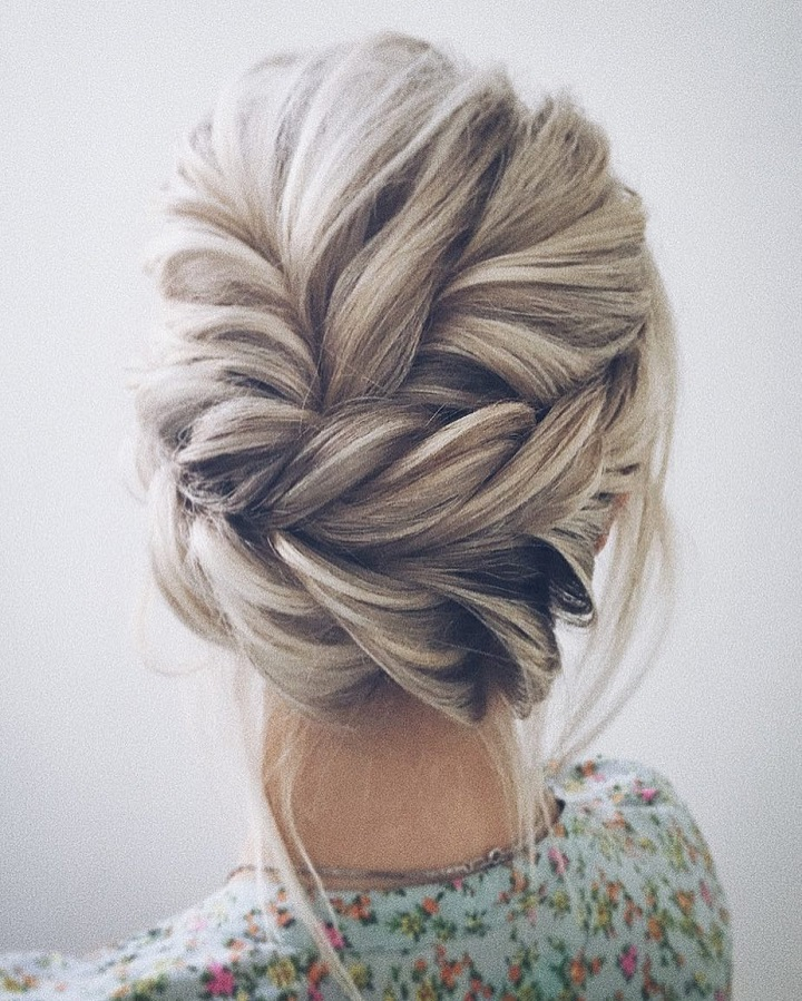 This beautiful updo wedding hairstyle idea will inspire you beautiful updo wedding hairstyle idea weddinghair hairstyle updo weddingupdo hairupdoideas junglespirit Gallery