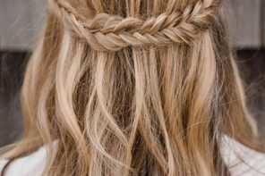 Half up half down braid hairstyles | fabmood.com #bohohairideas #bohemianbride #promhair #weddinghair #bridesmaidhair #hairstyle #hairideas #knottedcrown #hairstyles