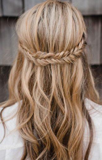Half up half down braid hairstyles | fabmood.com #bohohairideas #bohemianbride #promhair #weddinghair #bridesmaidhair #hairstyle #hairideas #knottedcrown #hairstyles