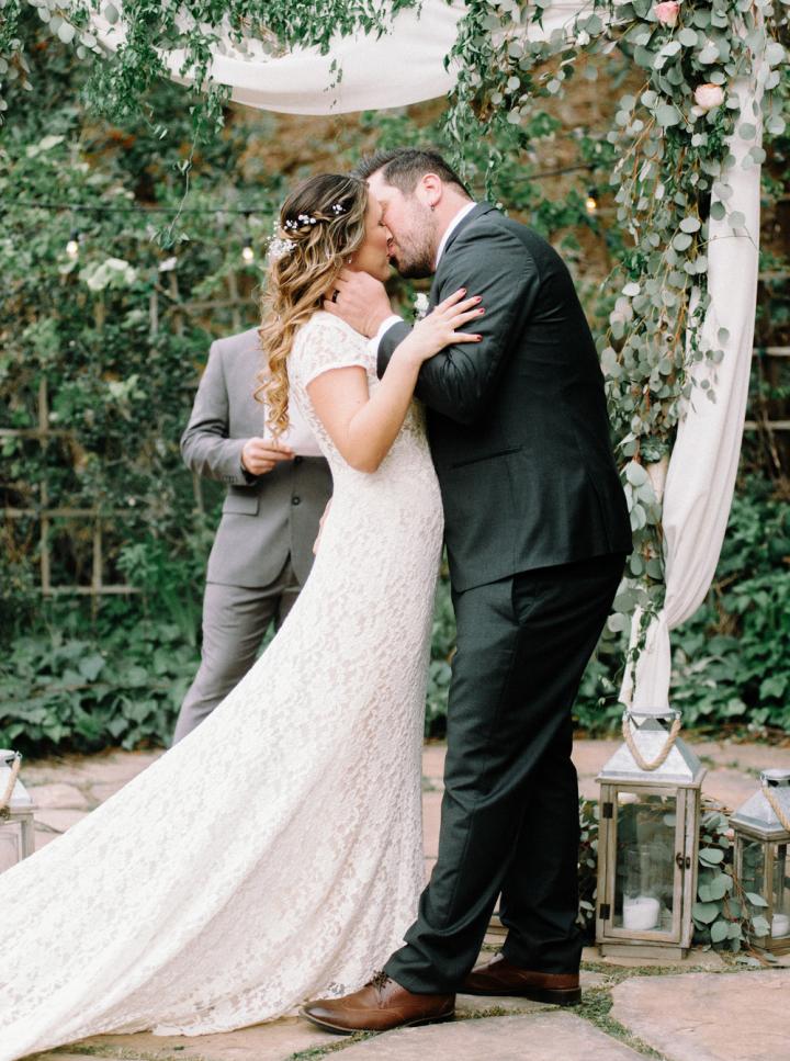 Wedding Ceremony - Rustic bohemian wedding | fabmood.com #bohemianwedding #rusticbohowedding #rusticwedding #bohemianrustic #bohemianwedding #rusticweddingceremony