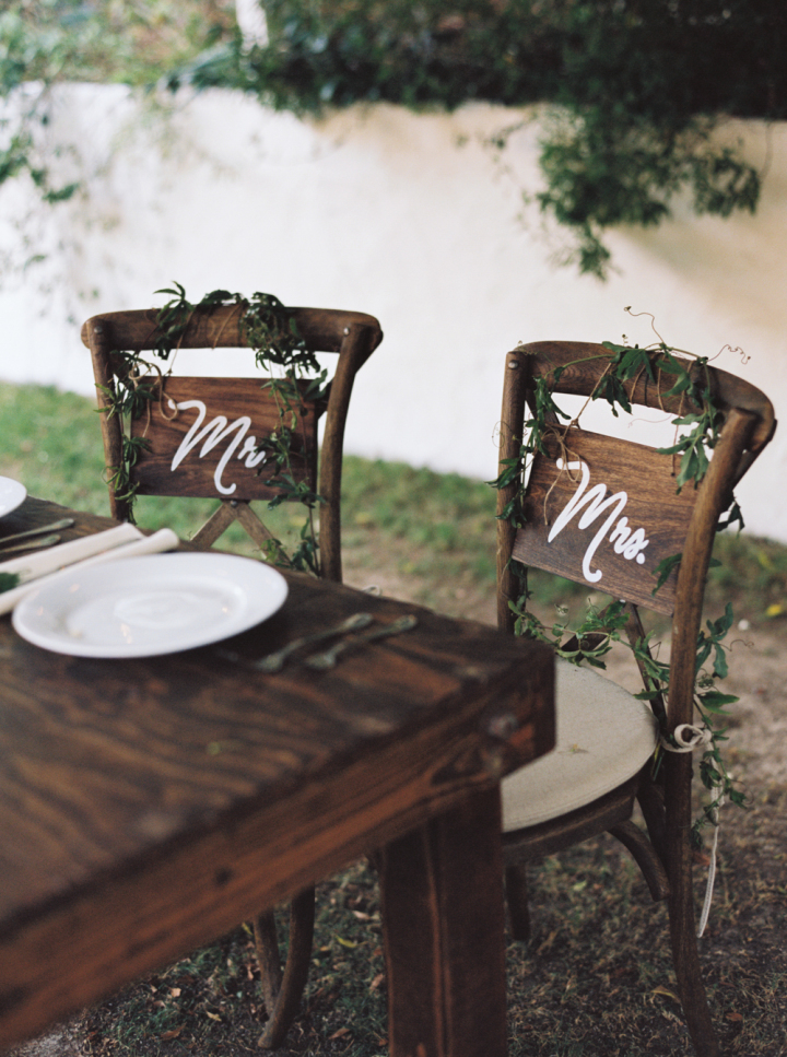 Wedding Chairs - Rustic bohemian wedding | fabmood.com #bohemianwedding #rusticbohowedding #rusticwedding #bohemianrustic #bohemianwedding