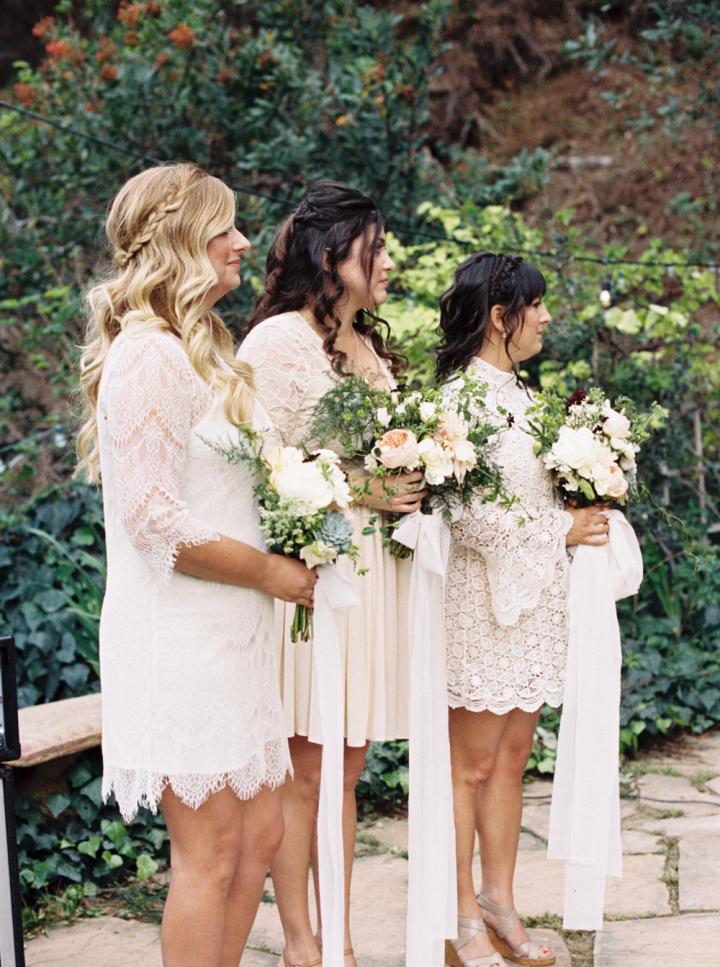 Bridesmaids wear white lace dresses - Rustic bohemian wedding | fabmood.com #bohemianwedding #rusticbohowedding #rusticwedding #bohemianrustic #bohemianwedding