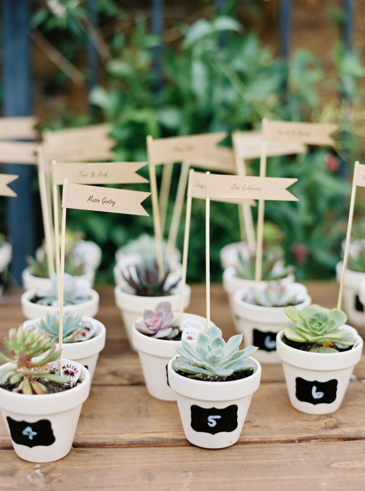 Succulent wedding favors in white pots - Rustic bohemian wedding | fabmood.com #bohemianwedding #rusticbohowedding #rusticwedding #bohemianrustic #bohemianwedding