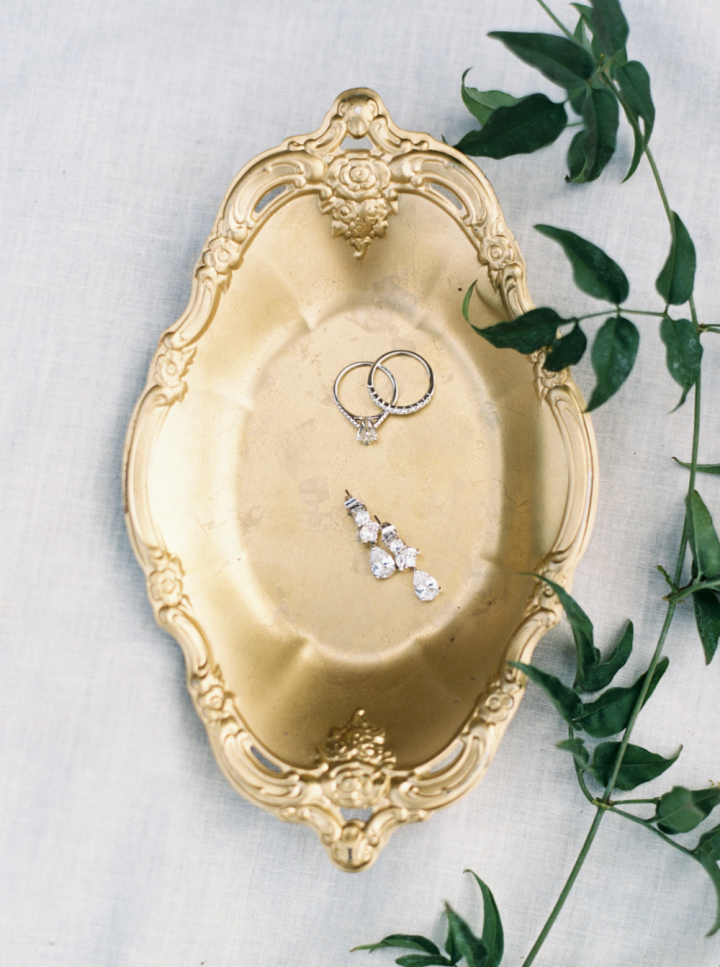 Wedding rings + engagement ring | bohemian rustic wedding | fabmood.com #engagementring