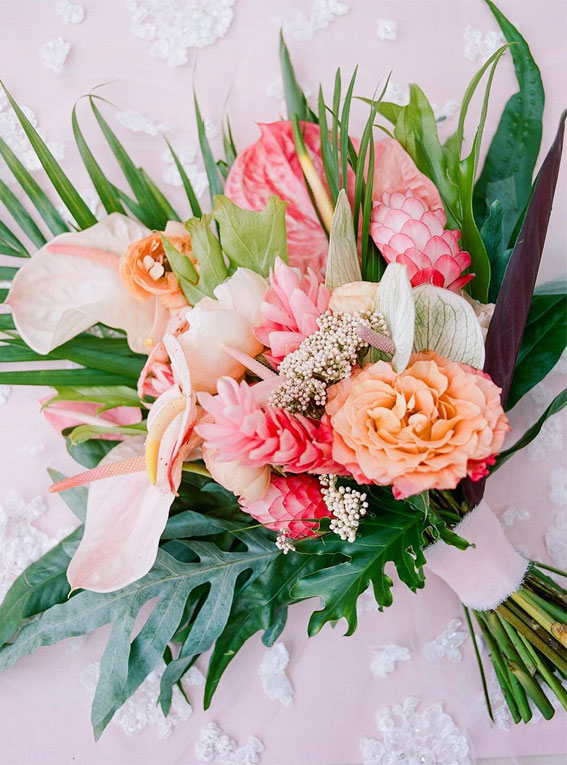 summer wedding bouquet, tropical wedding bouquet ideas, coral wedding bouquet