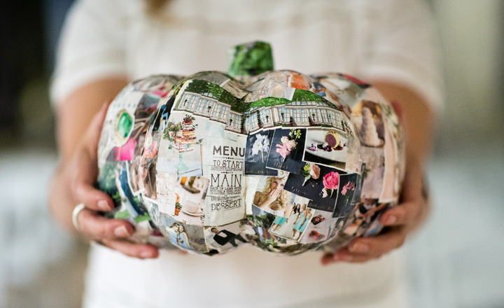 Halloween themed wedding styled shoot | Paper pumpkin wedding decor ideas
