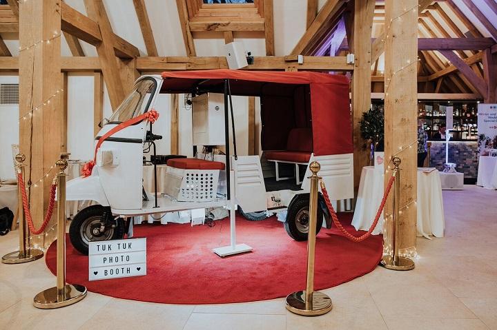 Tuk tuk wedding photo booth | English wedding #barnwedding #weddingideas