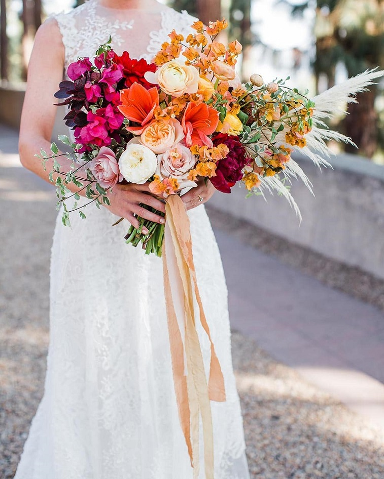 Summer wedding bouquet, vibrant wedding bouquet #bouquet #weddingbouquets