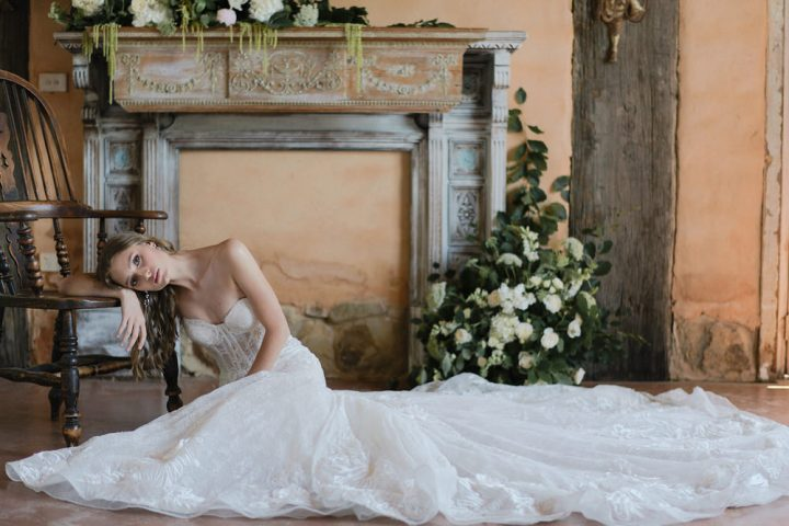 Romantic French Inspired Styled Shoot : Romance is not dead - wedding styled shoot | fabmood.com